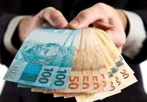 apenas-7-dos-brasileiros-dizem-que-salario-maior-e-motivacao-06-09-2012-10-30-650-750